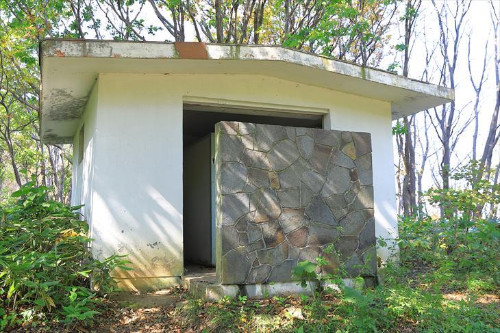 小樽海岸自然探勝路 赤岩山公衆トイレ