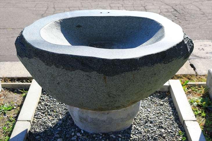 朝里神社の手水鉢