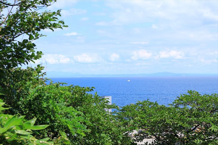 恵美須神社の境内から見た小樽祝津の海