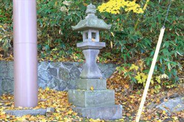 熊碓神社 石灯籠