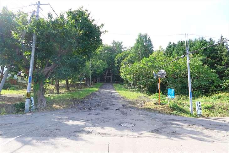 熊碓神社の道