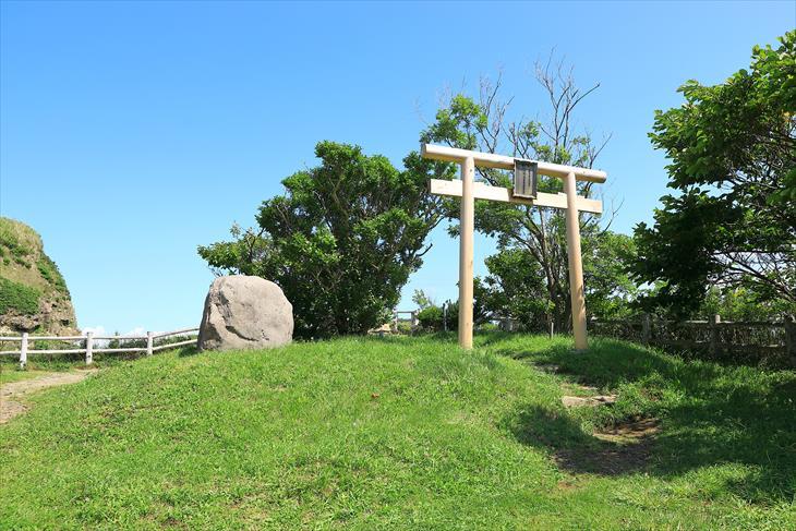 水富稲荷神社
