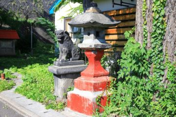 能島水天宮 石灯籠と狛犬