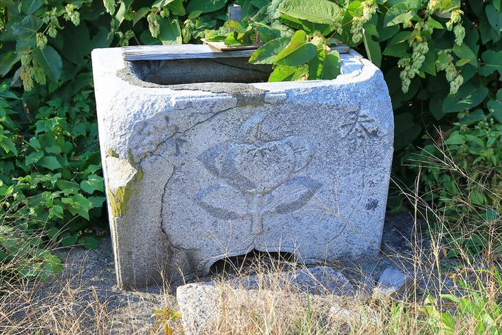 忍路神社の手水鉢