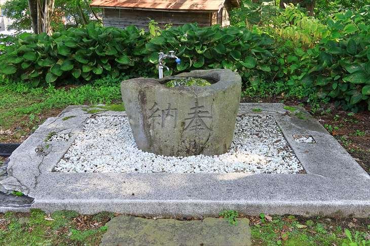 小樽天満宮の手水鉢