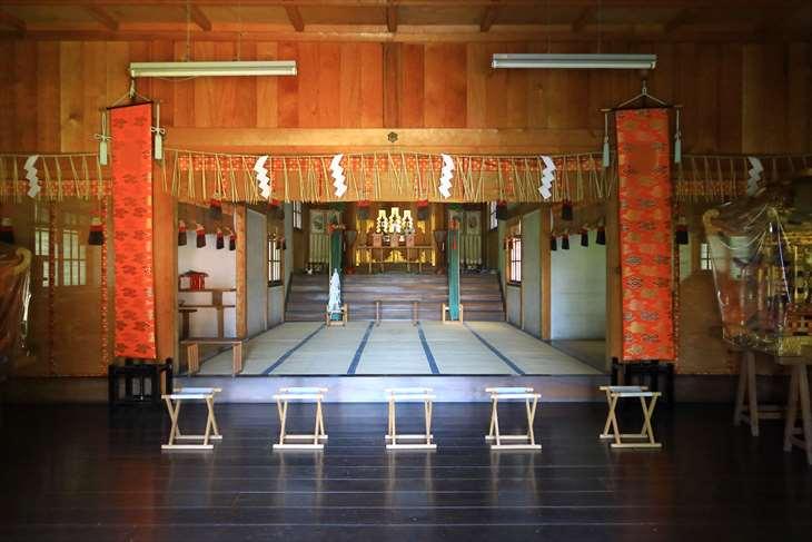 小樽天満宮の拝殿の中