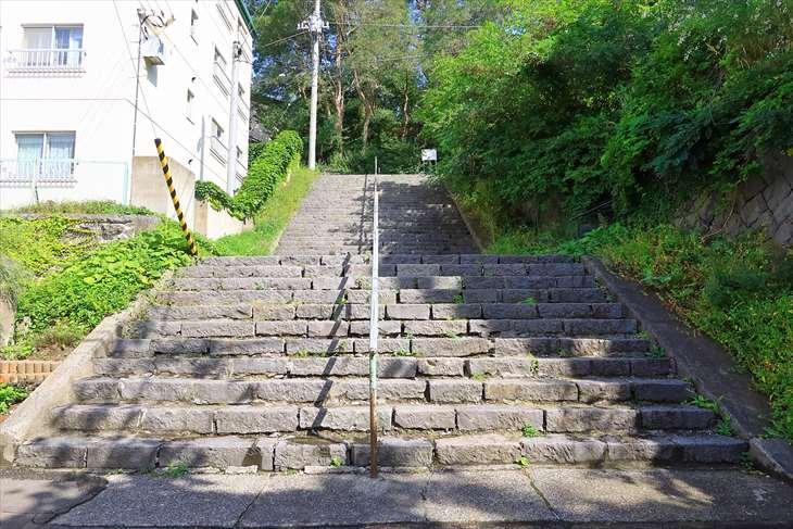 水天宮への石階段