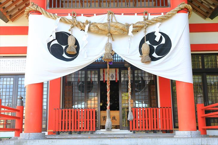 潮見ケ岡神社 社殿