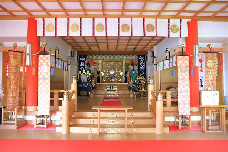潮見ケ岡神社 拝殿