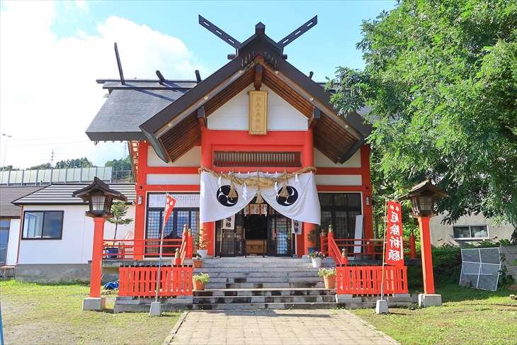 潮見ケ岡神社の拝殿