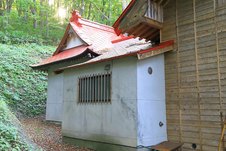 塩谷神社 本殿