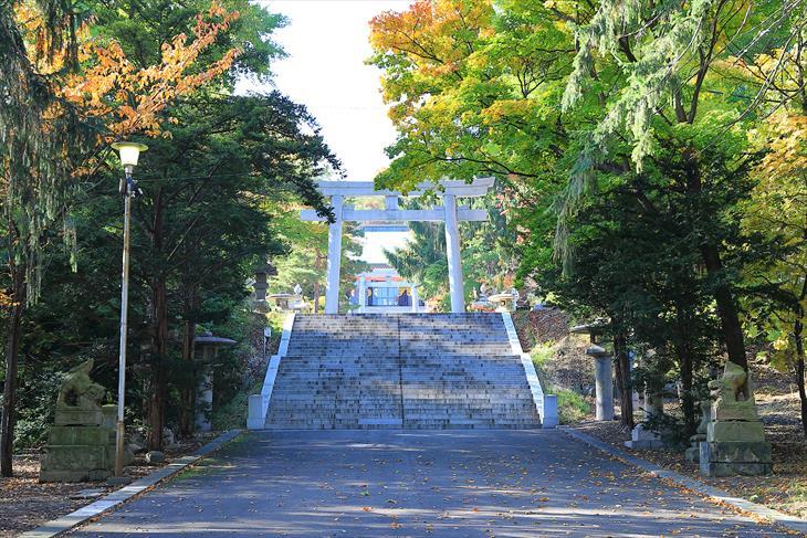 住吉神社 参道と第二鳥居