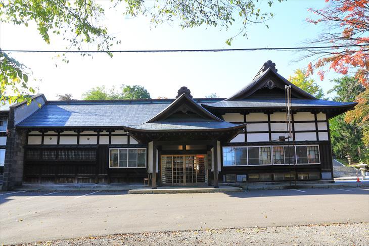 住吉神社 社務所入口側