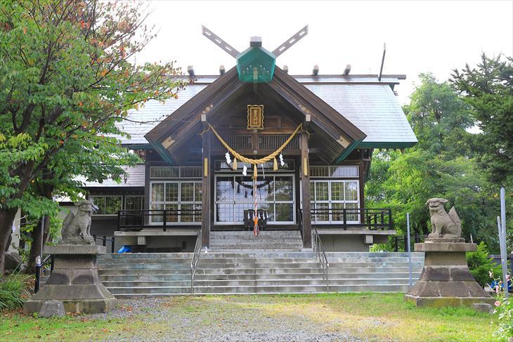 豊足神社の社殿