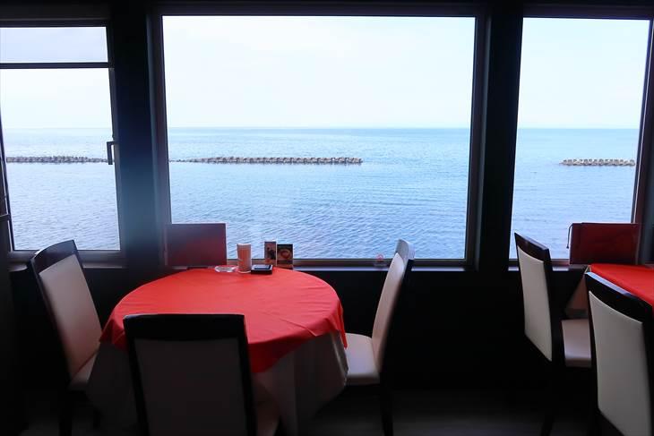 銭函駅近くの海が見えるレストラン